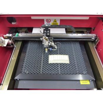 Ploter laserowy stół plaster miodu