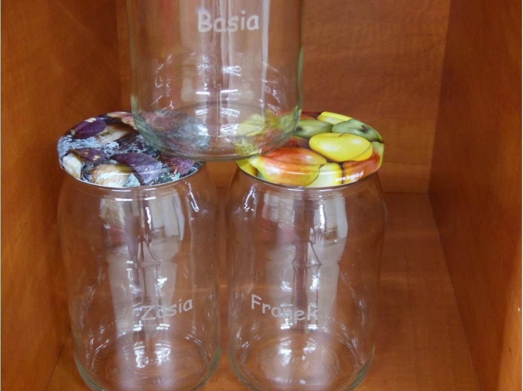 Grawerowanie owalnych przedmiotów ze szkła