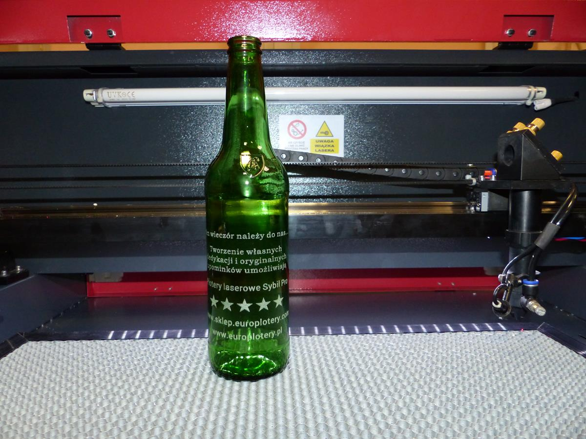 Butelka wygrawerowana laserem